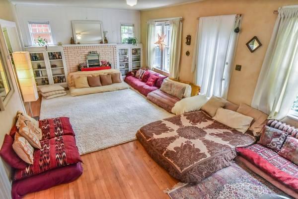 Property 3: Living room